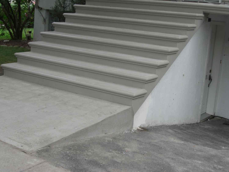 R paration de b ton nola construction montr al laval for Comcarrelage pour escalier exterieur